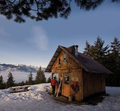 Rendezvous Huts in the North Cascades (XC)