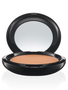 MAC Prep + Prime BB Beauty Balm Compact SPF 30 delivers SPF protection in a solid cream, packaged in a mirrored compact. Bb Beauty, Beauty Balm, Beauty Make Up, Beauty Shop, True Beauty, Beauty Women, Natural Beauty, Hair Beauty, Beauty Secrets