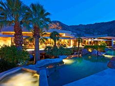 A North Scottsdale home that simply glows at night!