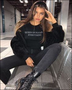 142+ fashionable street outfits you must have page 31   myblogika.com Fashion Fashion, Fashion Women, Fashion Trends, Fashion Outfits, Fashion Black, Casual Outfits, Winter Outfits, Cute Outfits, Couture Trends