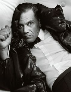 michael shannon by bryan adams for zoo magazine fall/winter 2012 he plays such a freak on boardwalk empire - i'd like to see other work he's done Bryan Adams Photography, Art Photography, Zoo Magazine, Michael Shannon, Boardwalk Empire, M Photos, Beautiful Celebrities, Black And White Photography, Artists