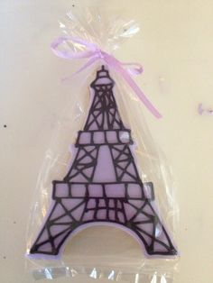 Effile Tower Cookie Favors by Favorable cookies