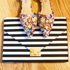 Friday night #details...#florals and #stripes, is my weakness!  #accessories  #streetstyle #ootn #stylewatch #sparkle #pswjustfab #fblogger