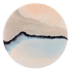 S I L V E R || S K Y L I N E Epoxy resin, acrylic paint and ink on a handmade timber board 40 cms in diameter >SOLD www.jrresin.bigcartel.com Photography: G.Wood #resin #resinart #art #handmade #paint #beach #local #buylocal #home #homewares #abstract #abstractart #interiordesign #interiordesigmelbourne
