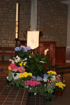 St. Joan of Arc Catholic Church, Easter decorations