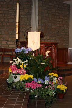 St. Joan of Arc Catholic Church, Easter decorations