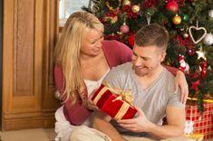 Geschenke für Männer zu Weihnachten zu finden, ist nicht immer leichte Aufgabe – hier finden Sie 6 Ideen, die Ihnen von Hilfe sein können.