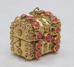 Vintage 18k Gold Treasure Chest Charm Red Coral Accent...
