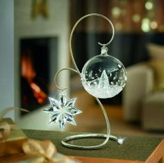 SWAROVSKI CHROME ORNAMENT DISPLAY STAND LARGE-Christmas Ornament Home Display, large An elegant and easy way to present your Christmas ornaments, this silver-tone metal display is embellished with a clear crystal chaton. Swarovski Christmas Ornaments, Ball Ornaments, White Ornaments, Christmas Settings, Christmas Decorations, Holiday Decor, Holiday Centerpieces, Swarovski Crystal Figurines, Swarovski Crystals
