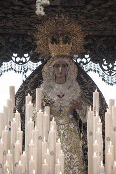 La Virgen de la O realiza una procesión histórica