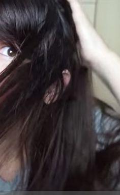 Se você resolveu pintar o cabelo com uma tinta diferente e está na dúvida sobre qual tinta ou tonalizante utilizar, nesse vídeo foi feita uma experiência que deu um resultado muito bom. Não se esqueça de deixar o cabelo pelo menos 2 dias sem lavar.