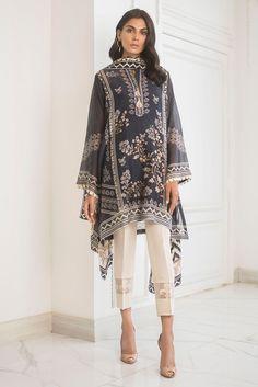 114 Best Pakistani Dresses Images In 2020 Pakistani Dresses Pakistani Outfits Pakistani Dress Design