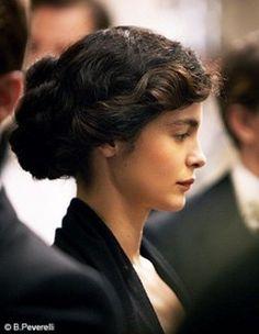 Audrey Tautou - Graceful Beauty