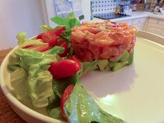 Le ceviche, c'est l'un des plats phares de la cuisine péruvienne : du poisson cru mariné pendant de longues heures dans du jus de citron vert (je vous en dit plus ici, dans la première partie). J'a...