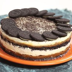 This cake is like a giant Oreo made out of crushed Oreos, PLUS caramel. Mmmyes!