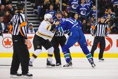 Ryan Kesler of the Vancouver Canucks fights Jarome Iginla of the Boston Bruins Ryan Kesler, Vancouver Canucks, Boston Bruins, Sports, Life, Hs Sports, Sport