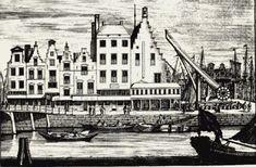 1700 De Groote Stadskraan en de Blauwe Toren, een oude waltoren en gevangenis van 1635 tot 1700 was in de Blauwe Toren de Wisselbank gevestigd. Links de Kleine Draaibrug naar de Kleine Draaisteeg en dat alles vanaf de Kolk. Later werd hier Plan C gebouwd