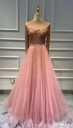Gowns For Party, Gown Party Wear, Party Wear Indian Dresses, Designer Party Wear Dresses, Indian Gowns Dresses, Indian Bridal Outfits, Indian Fashion Dresses, Wedding Dresses For Girls, Bridal Dresses