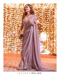 Presenting yourself to the buddies in a completely different way is something which is exciting. But you should carry on the same style, in a unique way. In a place like India, we mostly prefer wearing saree on farewell.