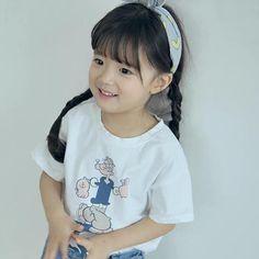 Popeye Tee – Imarya kids- imarya.com Stylish Kids Fashion, Summer Outfits, Girl Outfits, Summer Trends, Baby Kids, Girls Dresses, Tees, Swimwear, Cotton