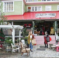 Luckett's Antiques-  near Leesburg, Va