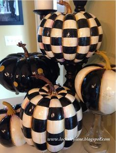 How to paint MacKenzie-Childs inspired faux pumpkins Halloween Pumpkins, Fall Halloween, Halloween Crafts, Halloween Ideas, Halloween 2019, Fall Crafts, Foam Pumpkins, Painted Pumpkins, How To Paint Pumpkins