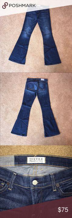 Textile Elizabeth & James Lennox Jeans size 29 Perfect condition Textile Elizabeth & James Lennox Jeans size 29. Flare and medium wash. TEXTILE Elizabeth and James Jeans Flare & Wide Leg