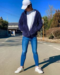 Image may contain: one or more people, people standing, shoes and outdoor Tight Jeans Men, Superenge Jeans, Super Skinny Jeans, Skinny Pants, Boy Outfits, Casual Outfits, Men Casual, How To Look Skinnier, Tights Outfit