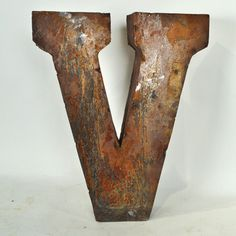Reclaimed Tin Medium Letter V