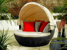 Love Sofa in Black - Hide from the summer breeze and shelter from the sun under its adjustable canopy - Garden ideas 2015 - by Living It Up