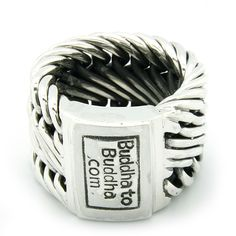 Love this cool Buddha to Buddha ring