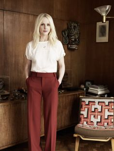 I love this outfit Laura Marling is wearing. She looks so pretty. Laura Marling, Toms Style, My Idol, Beautiful People, Beautiful Women, Style Me, Style Inspiration, Creative Inspiration, Portrait