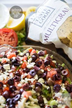 Want a flavor explosion in your mouth? I suggest this Skinny Greek Dip! Trust me, if you love Greek food, you'll be begging for just 'one more scoop'! Greek Recipes, New Recipes, Cooking Recipes, Amazing Recipes, Grilling Recipes, Clean Eating Snacks, Healthy Snacks, Healthy Recipes, Healthy Eating
