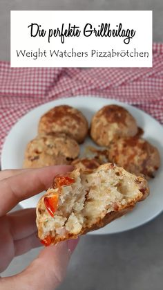 So you make the best Weight Watchers pizza rolls! Breakfast Low Carb, Fast Food Breakfast, Weight Watchers Breakfast, Yogurt Breakfast, Breakfast Quiche, Breakfast On The Go, Breakfast Bowls, Healthy Breakfast Recipes, Healthy Food