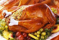 Receita de Peru de Natal. Receitas deliciosas e muito mais você encontra em Saborosa Receita, seu site de culinária.