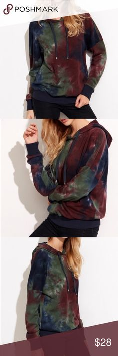 Tie Dye Multi colored Print Hoodie Long sleeve vintage style sweatshirt hoodie with tie-dye print pullover made of cotton and stretch material Tops