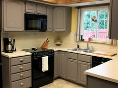 Grey kitchen cabinets with black appliances is one of most ideas for kitchen decoration. Grey kitchen cabinets with black appliances will enhance your appliances. This grey kitchen cabinets with Repainting Kitchen Cabinets, Refacing Kitchen Cabinets, Kitchen Cabinet Colors, Kitchen Colors, Grey Cabinets, Cabinet Refacing, Kitchen Backsplash, Cabinet Doors, Kitchen Island