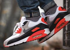 Nike Air Max 90 Infrared (by kevykev)