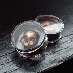 Copper Skull Ear Plugs Pair Steel Tunnel by OjingoStudio Skull Jewelry, Ear Jewelry, Body Jewelry, Silver Jewellery, Jewlery, Crane, Gold Skull, Skulls, Tunnels And Plugs