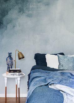 new Ideas accent wallpaper bedroom blue Blue Bedroom, Bedroom Decor, Bedroom Ideas, Wall Decor, Accent Wallpaper, Bedroom Wallpaper, Camera Wallpaper, Happy Wallpaper, Photo Wallpaper