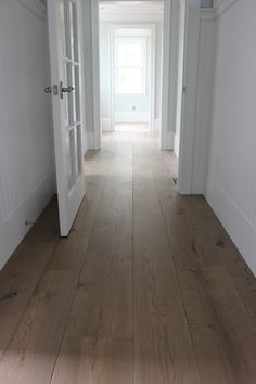 This unfinished wide plank floor is certainly an interesting design approach. Types Of Wood Flooring, Wide Plank Flooring, Engineered Hardwood Flooring, Hardwood Floors, Diy Flooring, Flooring Ideas, White Oak Floors, European Home Decor, Home Remodeling