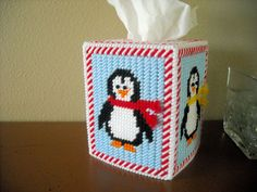 TISSUE BOX COVER - HOLIDAY PENGUINS -Plastic Canvas