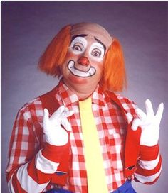 Cooky the Clown from The Bozo Show - I used to watch this every sat morning! Bozo The Clown, Le Clown, Circus Clown, Creepy Clown, Old Tv Shows, Kids Shows, Famous Clowns, Clown Show, Clown Photos