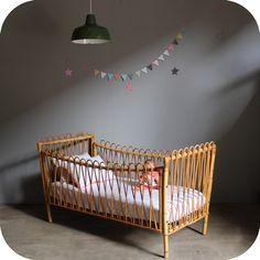 Charmant lit en rotin - Mademoiselle Déco - Blog Déco