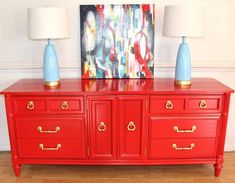 Stunning Thomasville buffet lacquered by Real Red , this will be the fourth addition of my pieces going to a beautiful 10 bedroom beach home on Carova Island . This client loves color just as much as me 😃 Red Painted Furniture, Distressed Furniture Painting, Painted Wood Walls, Colorful Furniture, Vintage Furniture, Pallet Garden Furniture, Bed Furniture, Furniture Makeover, Furniture Ideas
