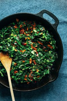 PERFECT Collard Greens with Coconut Bacon! Smoky, savory, 1-pan, 15 minutes, SO delicious! #vegan #glutenfree #collardgreens #healthy #recipe
