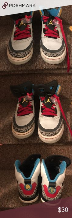 Spizike boys sneakers size 6Y Spizike sneakers boys size 6Y. Worn but lots of love left. Come with original and extra pair of yellow shoe laces. These are boys but can be considered unisex. I'm a girl and wore them. Jordan Shoes Sneakers