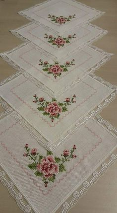 This Pin was discovered by Lal Cross Stitch Heart, Cross Stitch Borders, Cross Stitch Flowers, Cross Stitch Designs, Cross Stitching, Cross Stitch Patterns, Hardanger Embroidery, Cross Stitch Embroidery, Embroidery Patterns