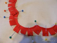 How to sew a piped scallop edge