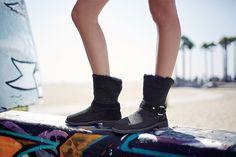 Hailey Baldwin em Cenas de Street Style na Campanha da UGG  Fragmentos de Moda